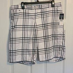 Billabong shorts new with tag size 36